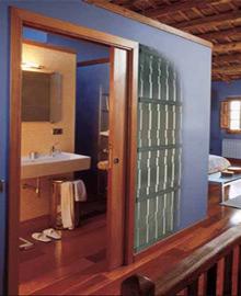Puertas de madera de interior para palencia valladolid y - Puertas correderas de madera para interior ...